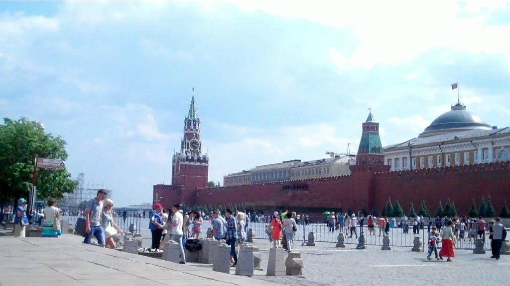 The historic kremlin wall. In the center is Lenin's grave and the graves of other communist leaders line the wall beside him.